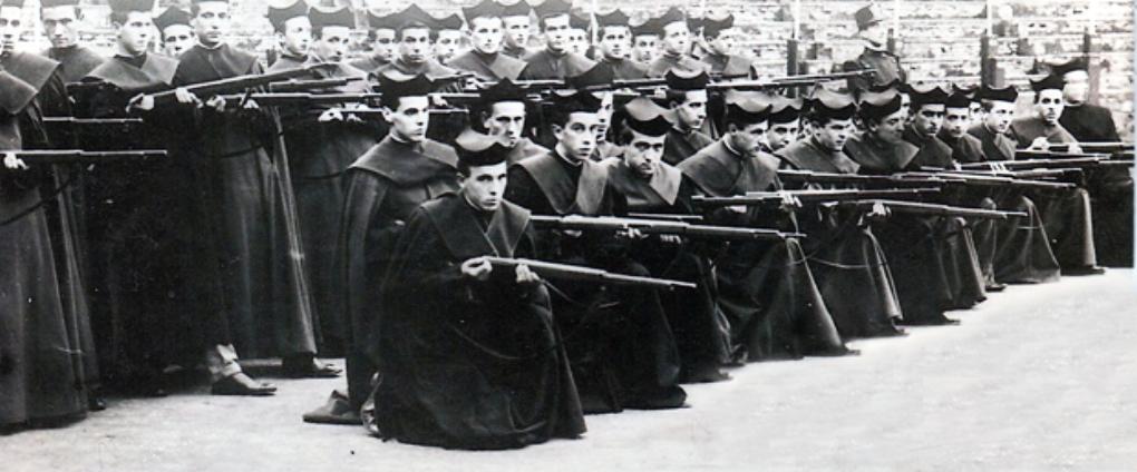 Predicadores armados: Los curas que mataron a «rojos» y dieron ...