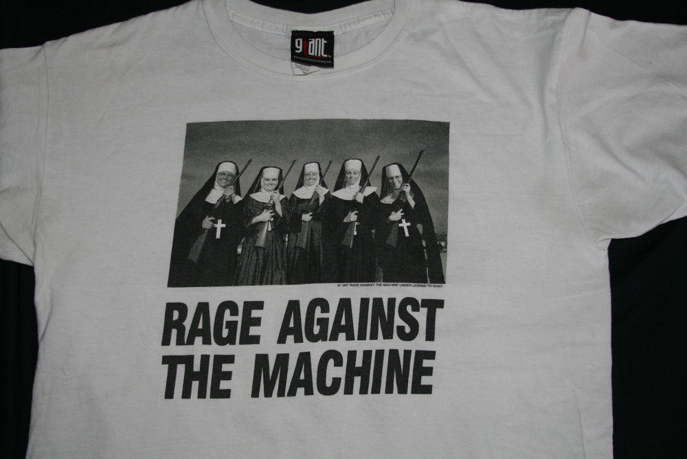 La imagen en la famosa camiseta de Rage Against the Machine