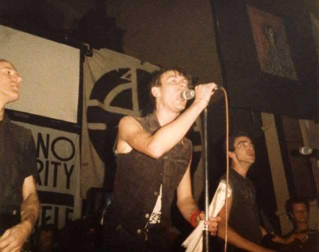 Digbeth Civil Hall (16 de diciembre de 1983)