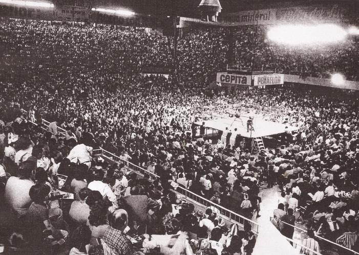 Aspecto del interior del Luna Park durante otro evento en ese mismo año 1972