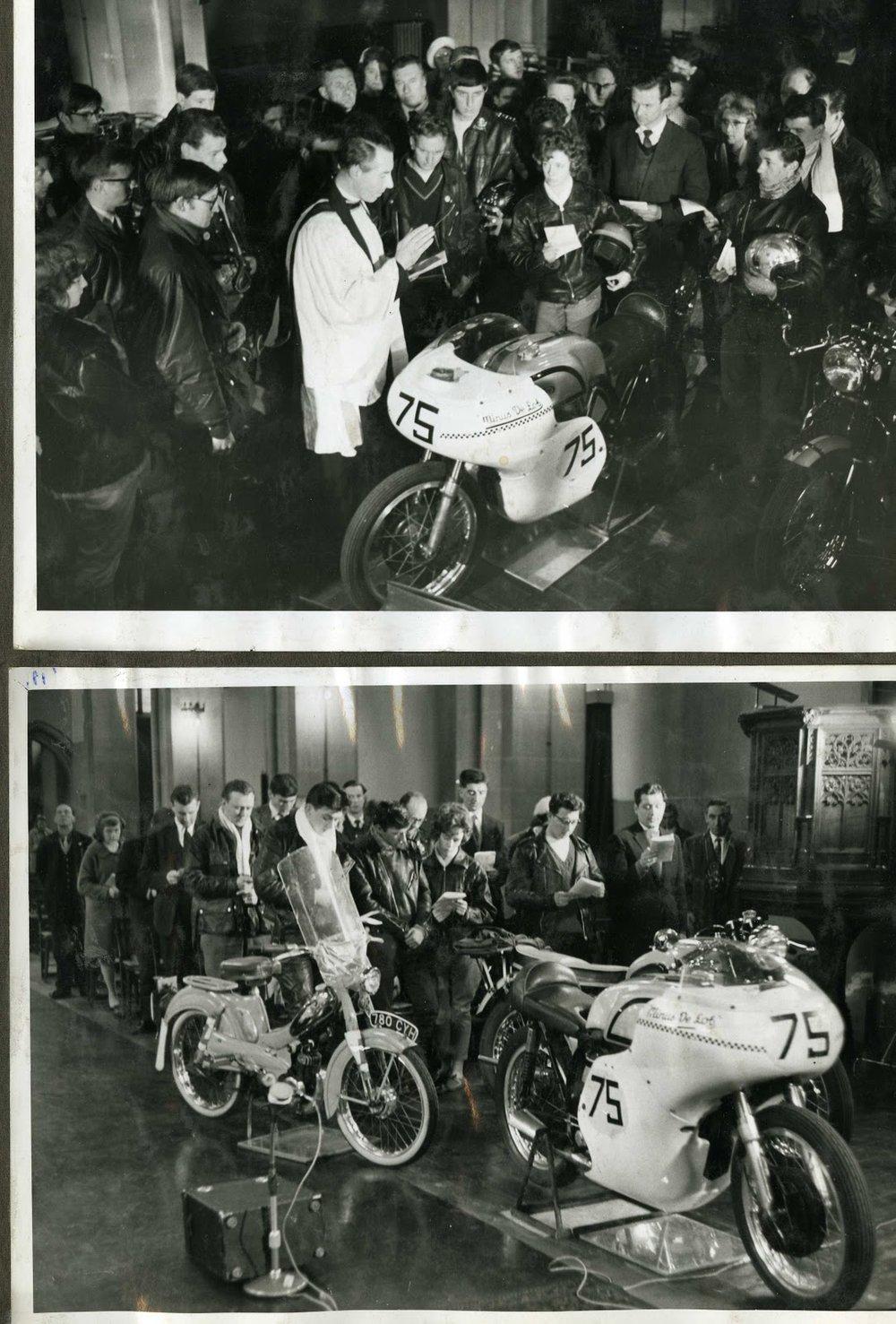 Shergold bendiciendo motocicletas