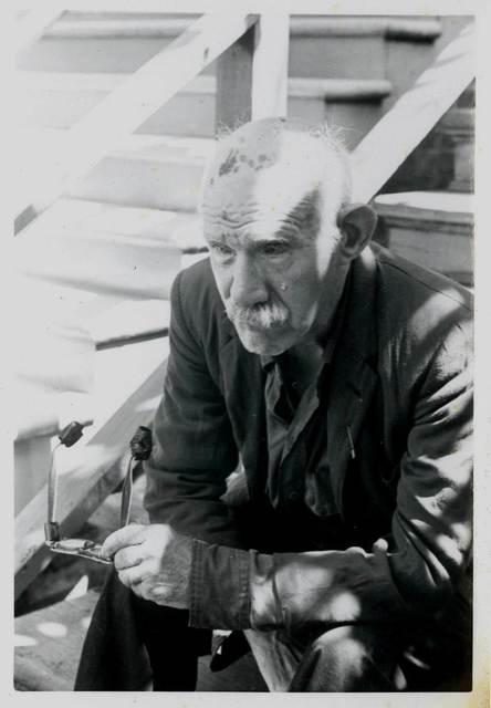 Retrato de Henry Darger por David Berglund