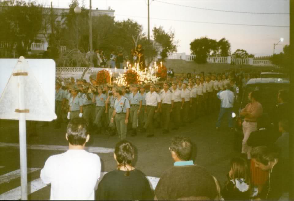 La Legión participa en la Semana Santa de 1993 en Puerto del Rosario ante la indiferencia de los espectadores