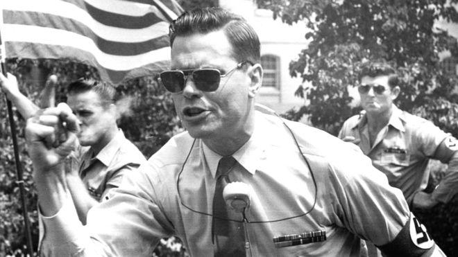 George Rockwell durante un mítin. Fotografía: Getty Images