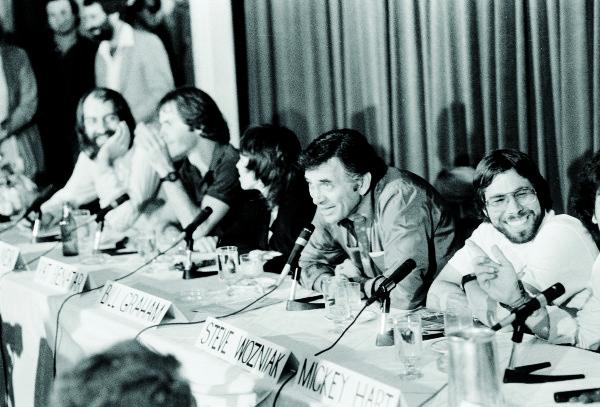 Wozniak junto a Bill Graham durante la rueda de prensa del US Festival de 1982