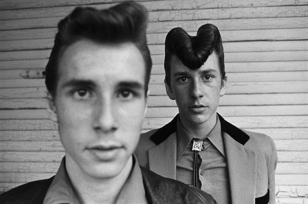 Dos teddy boys en Londres (1976). Fotografía: Chris Steele-Perkins