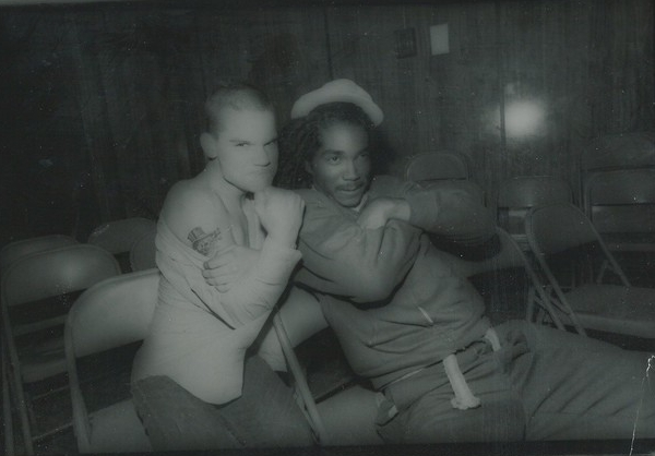 Harley junto a Darryl Jennifer de Bad Brains