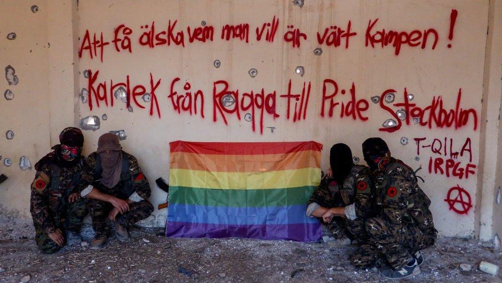 Cuatro integrantes del Ejercito de Liberación e Insurrección Queer. Fotografía: IRPGF
