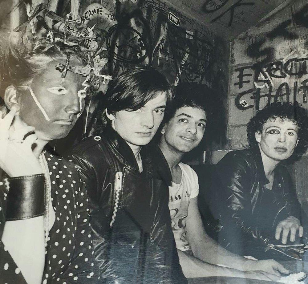 Jordan, a la izquierda, junto a Adam and the Ant