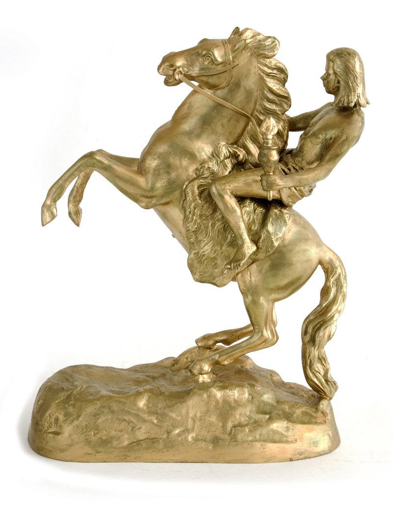 Reproducción en miniatura de la estatua de Nick Cave