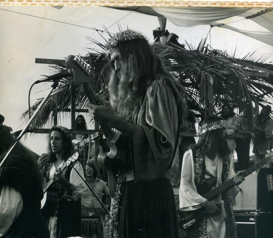 Tim performing at Crater Festival.jpg