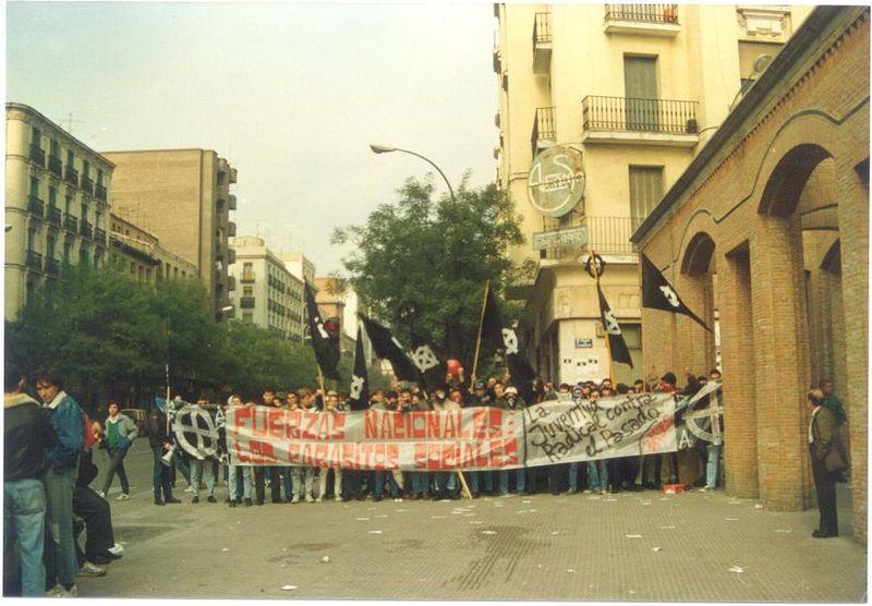 Manifestación de Bases Autónomas el 20 de Noviembre de 1988 en la plaza de Chamberí de Madrid