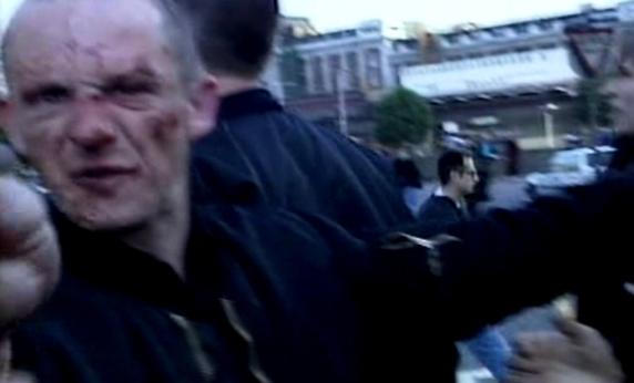 Un neonazi herido durante los choques