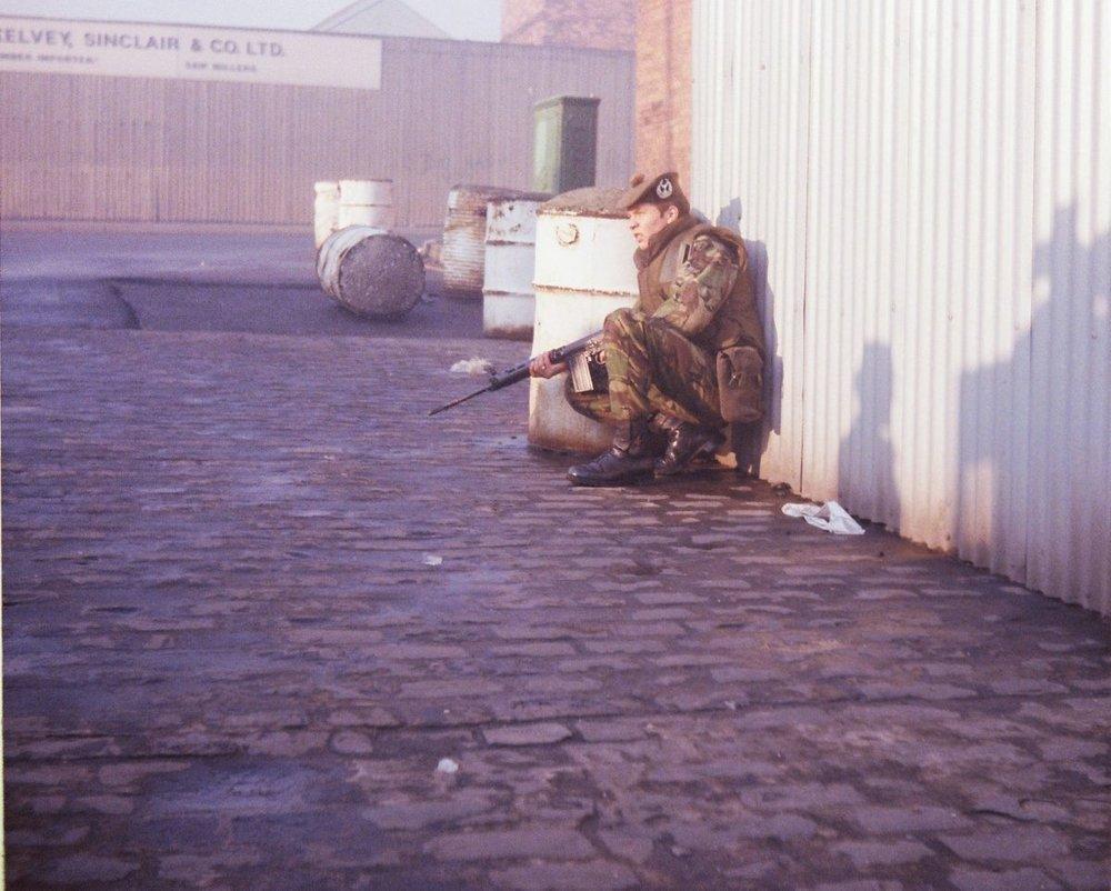 Gordons-on-patroll-in-Belfast-19778-beside-the-Mc-Kelvey-Sinclair-timber-yard-on-Duncrue-Street-across-from-the-Ulsterbus-head-offices-1200x962.jpg
