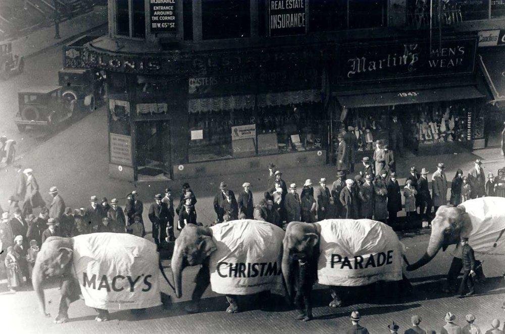 Elephants-At-First-Macys-Parade-1924-1-1.jpg