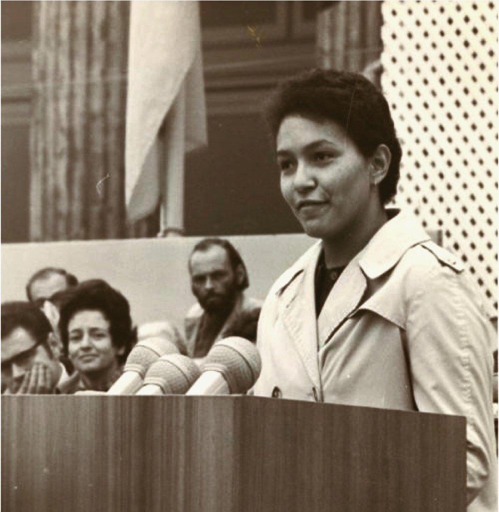 Roberta Alexander durante un acto en Alemania. Fotografía: Rebelión