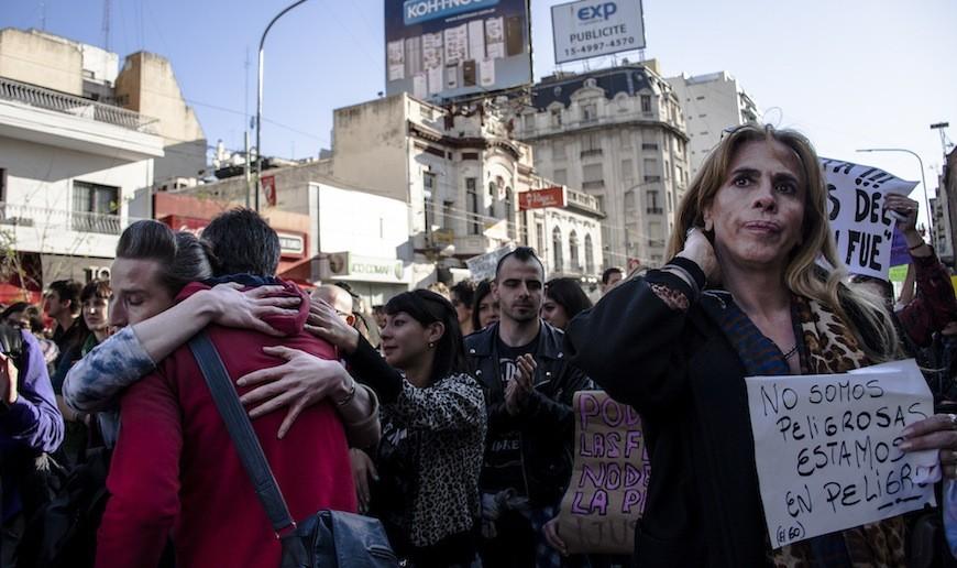 Manifestación contra los feminicidios y transfemicidios en Buenos Aires. Fotografía: Constanza Portnoy