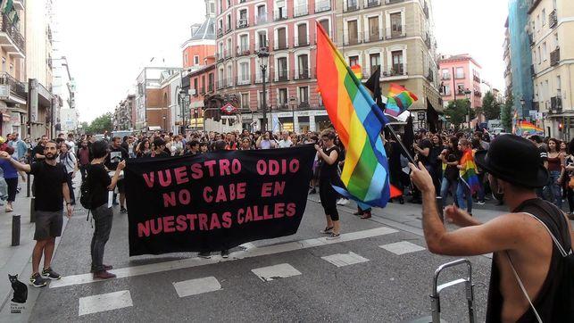 Manifestacion-Orgullo-Critico-pasado-mayo_EDIIMA20170623_0647_19.jpg