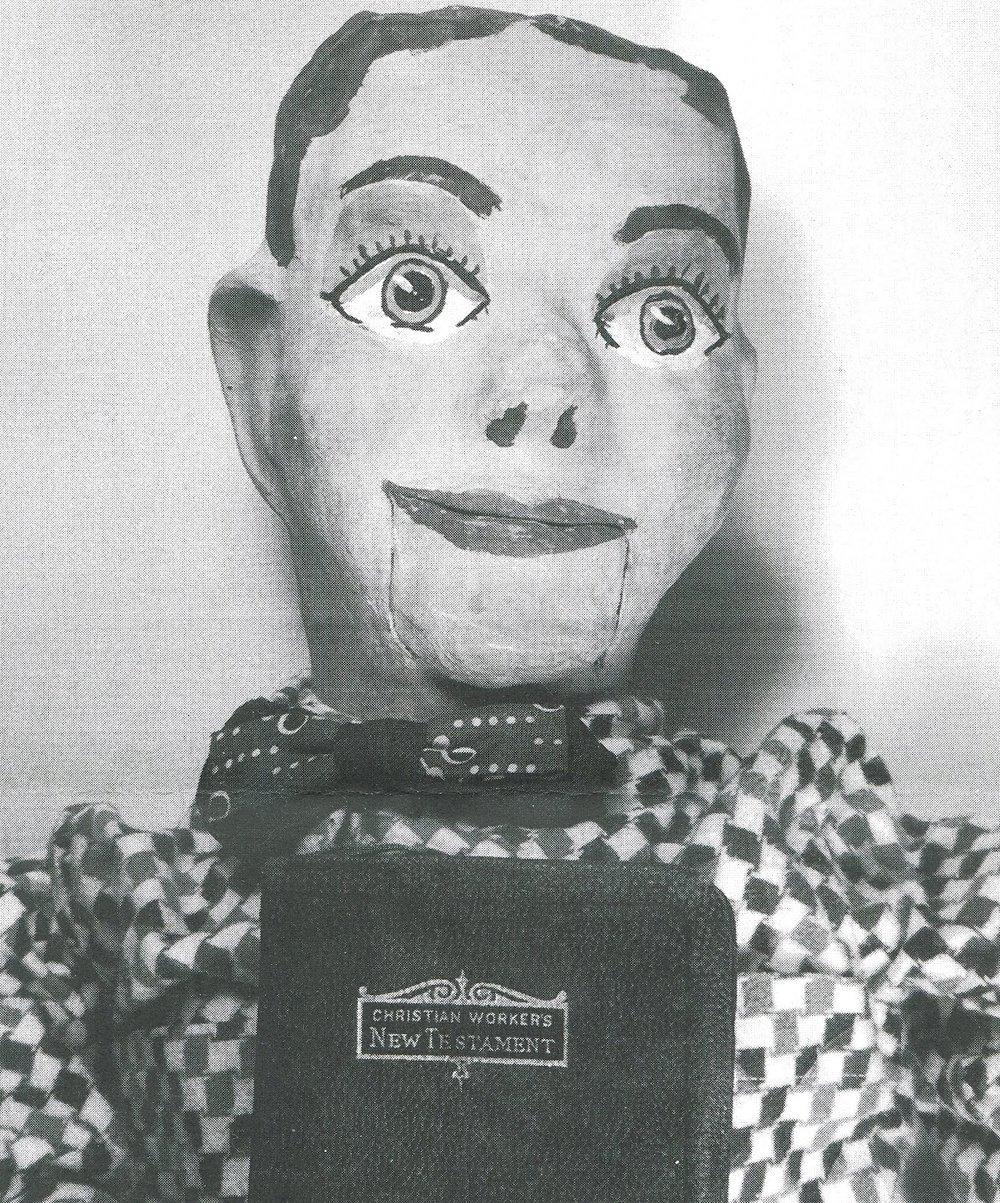 Uno de los primeros muñecos utilizados por los predicadores ventrílocuos