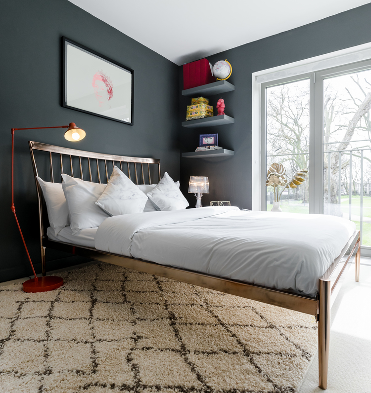 For more on how Emilie styled this bedroom on a budget click  here