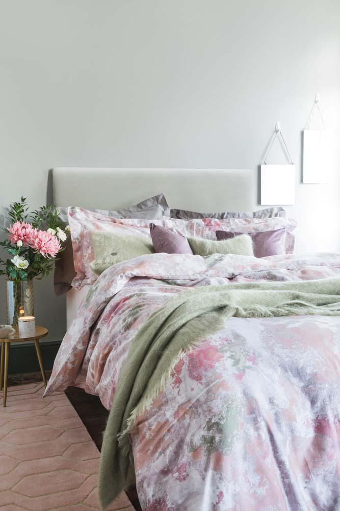 Dusky pink duvet cover 2017 interior trend