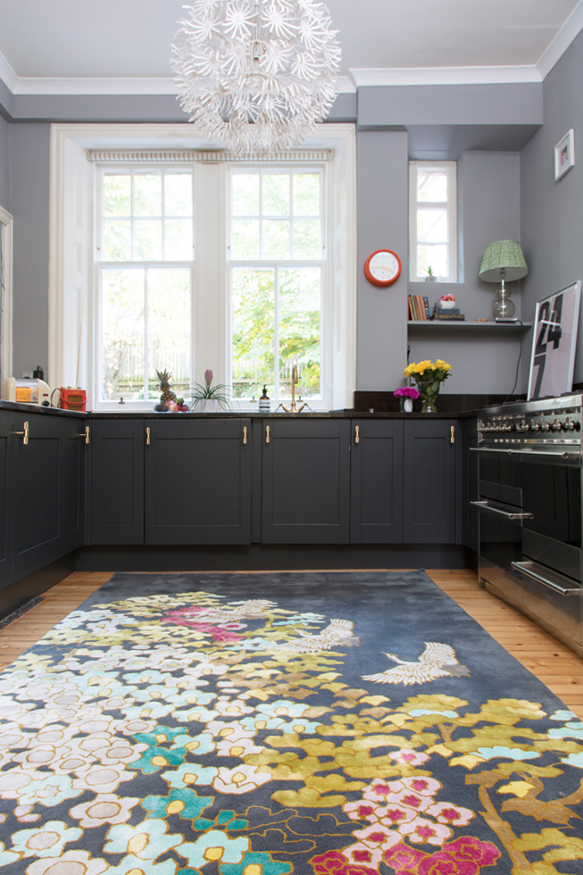 Wendy Morrison Design  Mount Orient  rug in The Pink House's kitchen/Photo: Susie Lowe