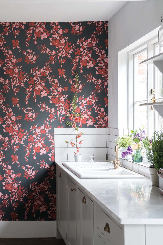 Farrow & Ball  Hegemone BP 5707  floral wallpaper