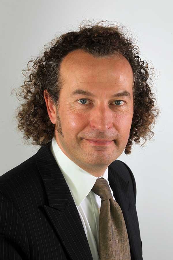 Prof. Dr. Matthias Ottmann    Gesellschafter