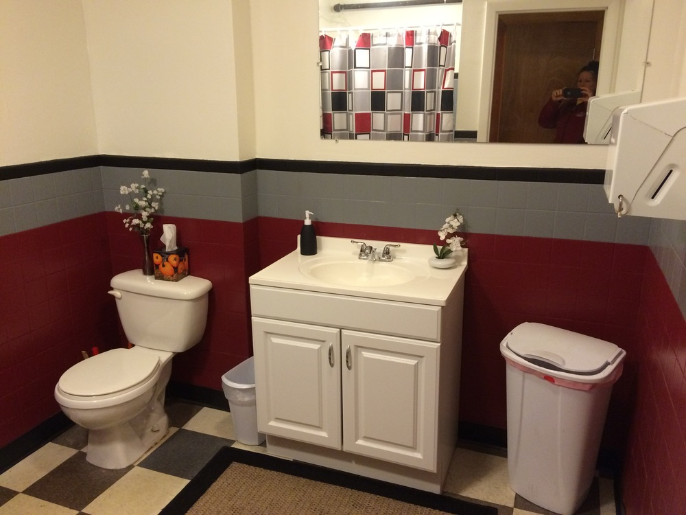 New Bathroom 2.jpg