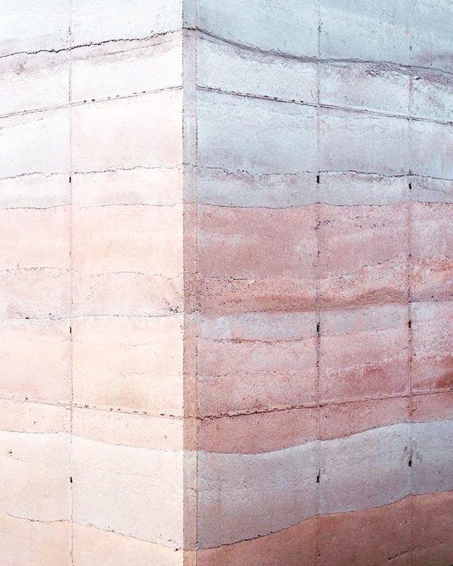 Ajijic House - Tatiana Bilbao.- #pinkandgrey #architecture #texture #tatianabilbao