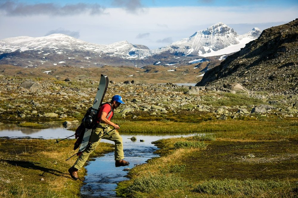 Daniel-Furberg-Hiking-Sognefjellet-1024x682.jpg