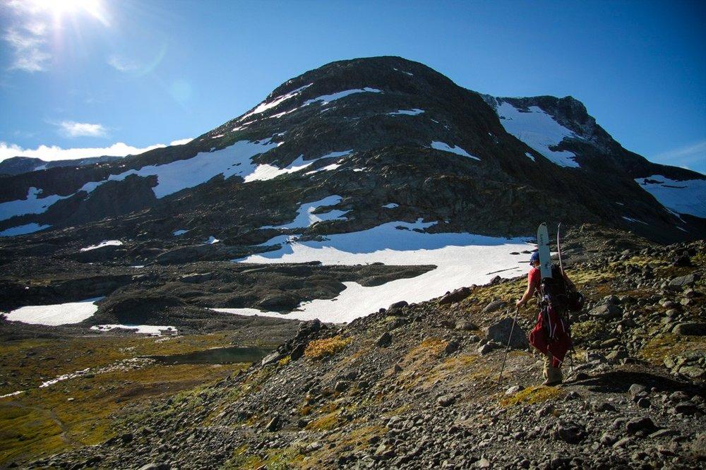 Hiking-Sognefjellet-1024x682.jpg