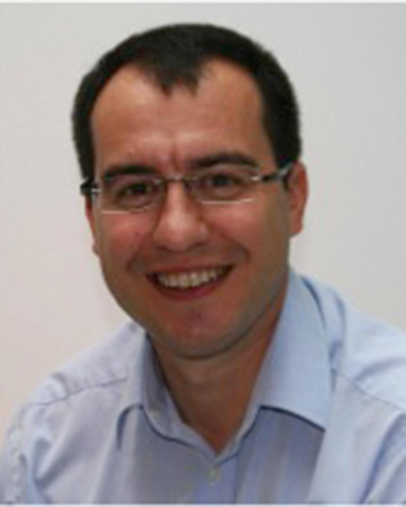 Paul Simedra /