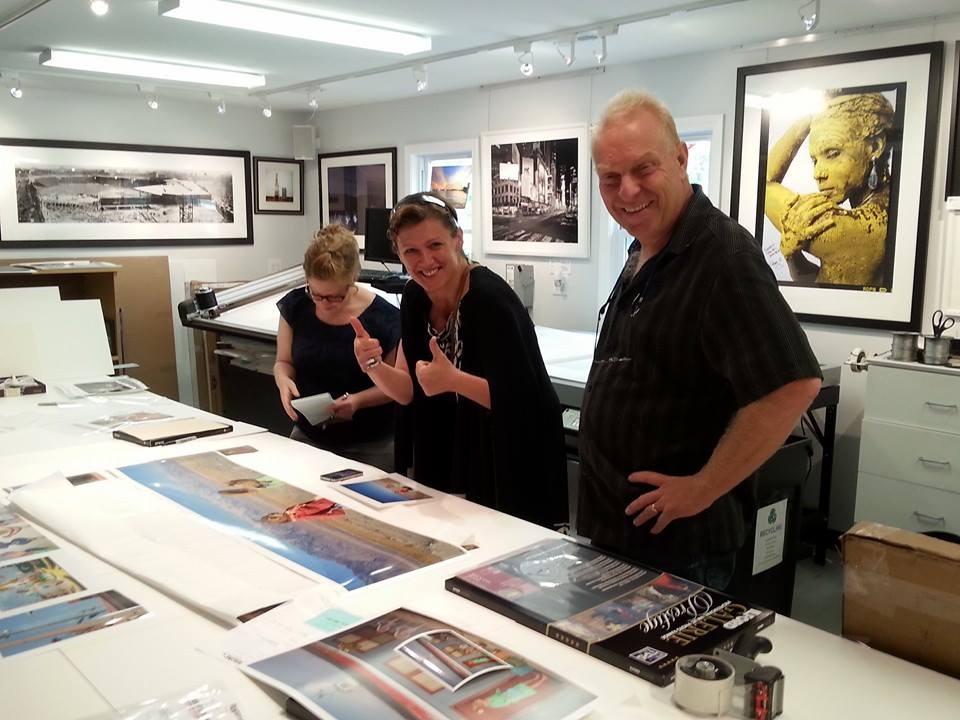 Asia Kepka reviewing prints with Paul Sneyd