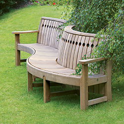 If You Are Looking To Add Distinction To A Public Garden, Corporate HQ,  College, Club Or Hotel, Let Us Show You The Advantages Our Oak Furniture  Provides.
