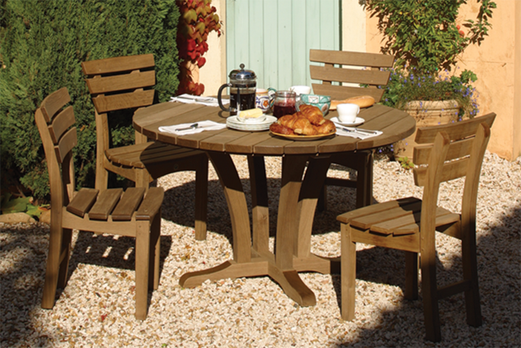 Bailey Table   Chancery Chairs. Bailey Garden Furniture   Outdoor Tables   Chairs  Hampshire