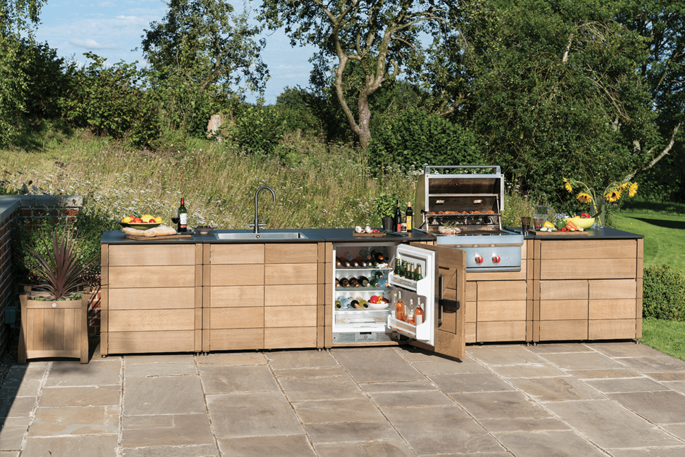 A La Carte Outdoor Kitchen