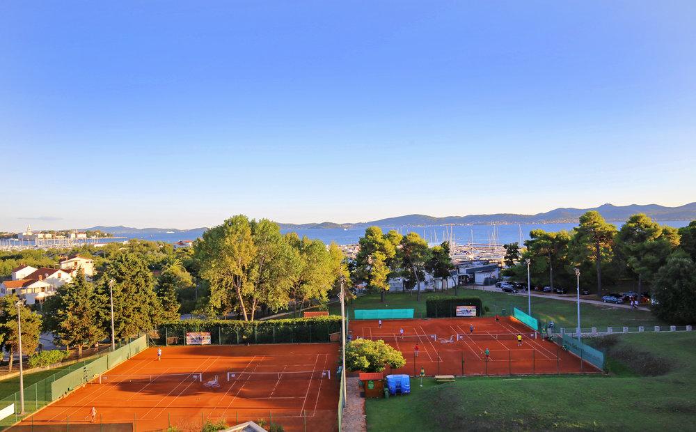Tenis centar Borik 2015.JPG