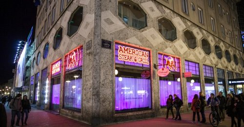 American-Steak-House-670x348.jpg