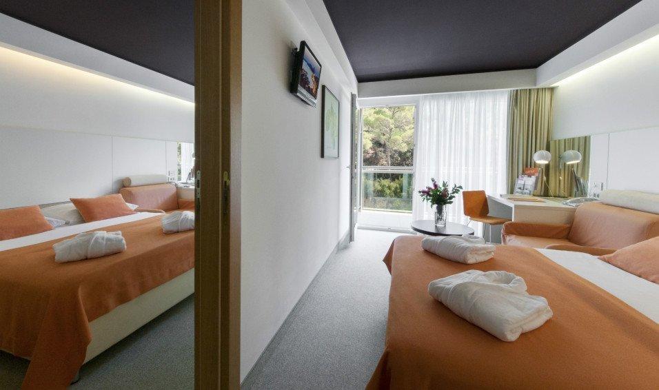 vespera-rooms-suites-1.jpg