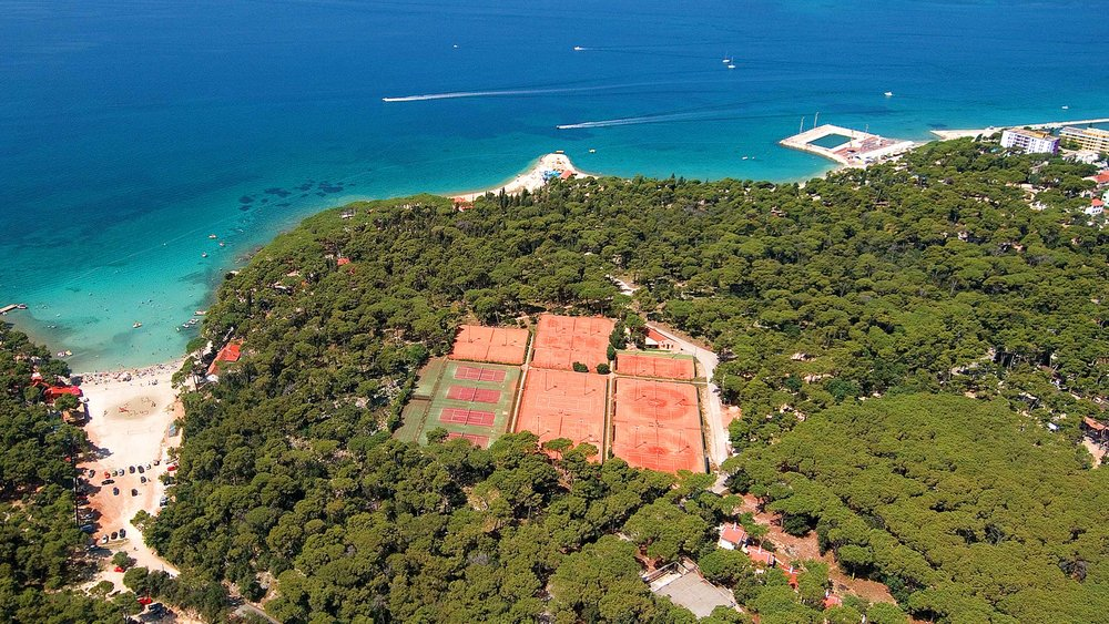 Tennis courts by the sea