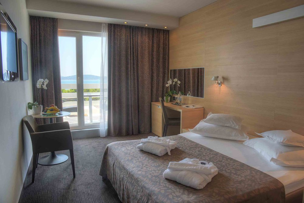 Double room with sea view 1.jpg