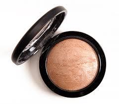 "MAC Mineralize Skin Finish in ""Global Glow"""