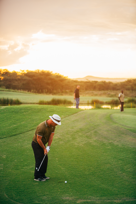 Kiligolf_islandgreen_golfer.jpg