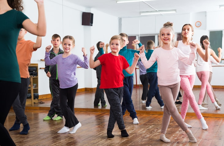 crescendo-dance-academy-boys-girls-dance-min.jpg