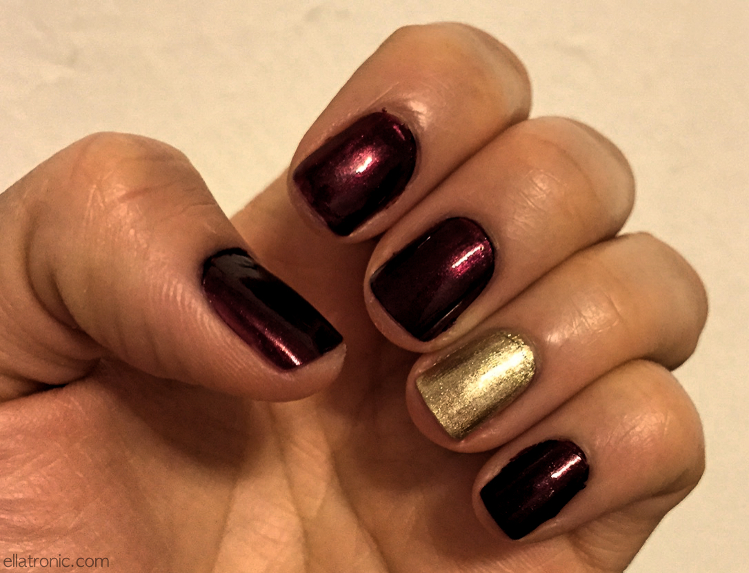Holiday Nails Gold and Wine ellatronic.com