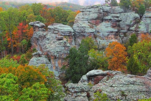 autumn view of camel rock 2 at garden of the gods - Shawnee National Forest Garden Of The Gods