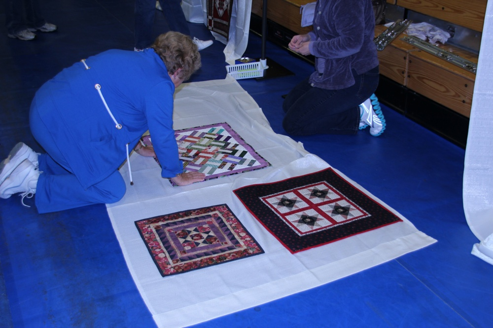 Bedford Friendship Quilters Guild, May, 2012 035.jpg