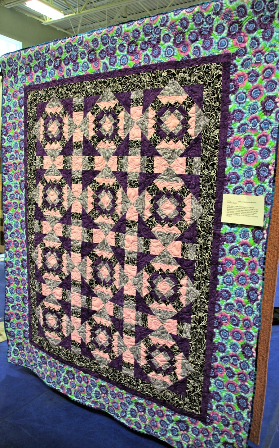 Bedford Friendship Quilters Guild, May, 2012 007.jpg
