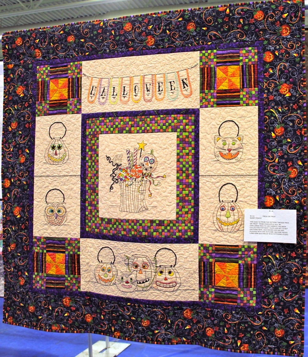 Bedford Friendship Quilters Guild, May, 2012 059.jpg